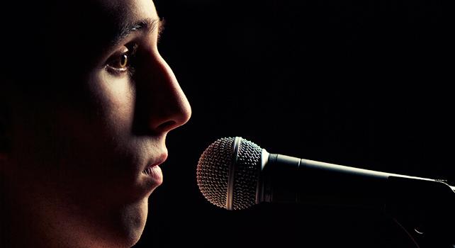 O medo de falar em público pode ser identificado e dominado, aprenda como.